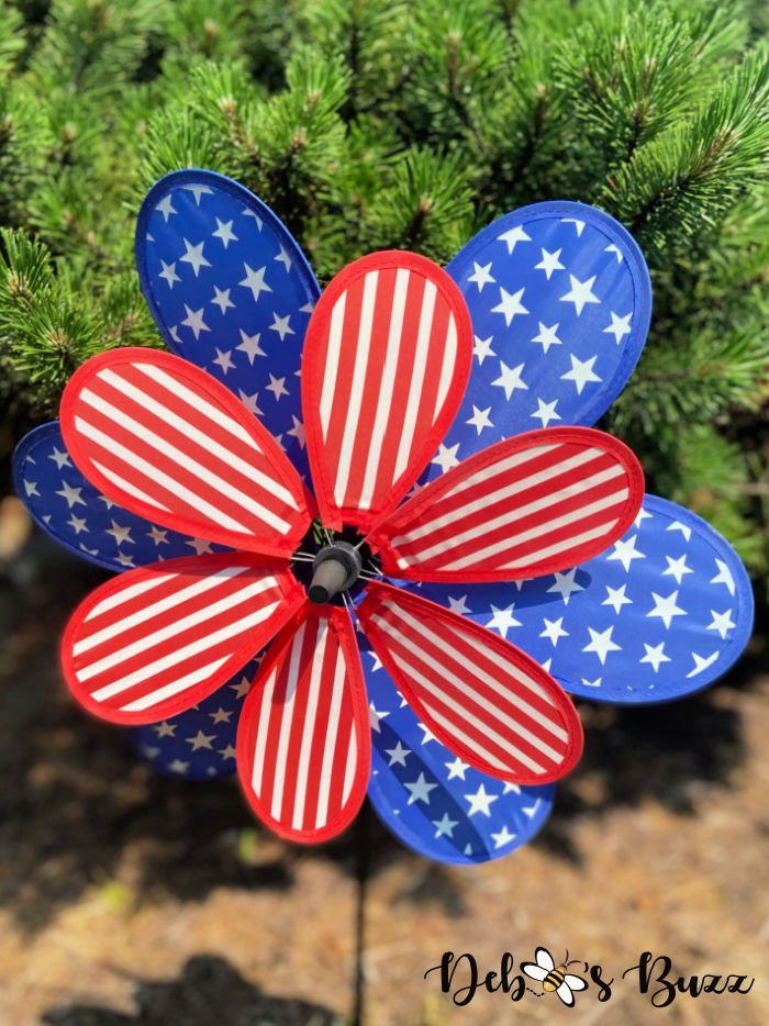 patriotic-decor-stars-stripes-spinner