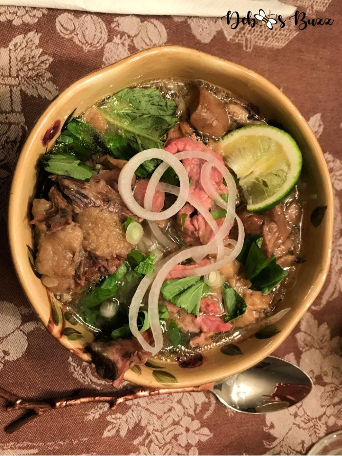 Vietnamese-dish-oxtail-pho