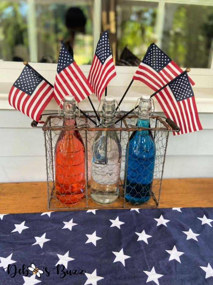 patriotic-decor-bottles-flag-spray
