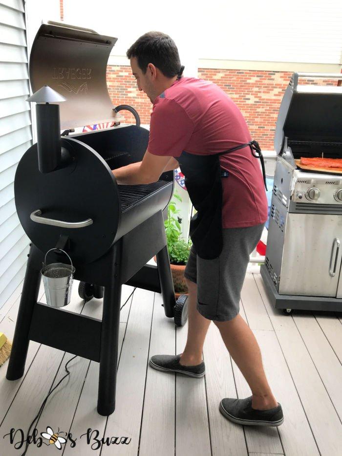 summer-activities-smoker-grilling