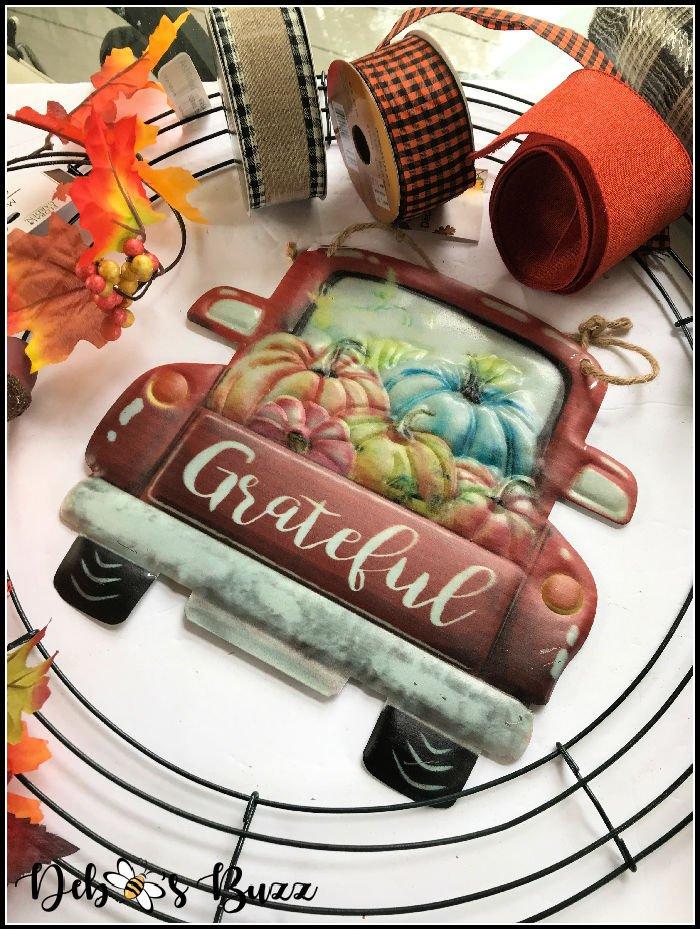 diy-fall-wreath-craft-materials-vintage-truck-sign