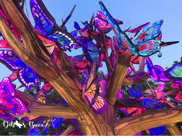 animated-color-changing-butterfly-lanterns