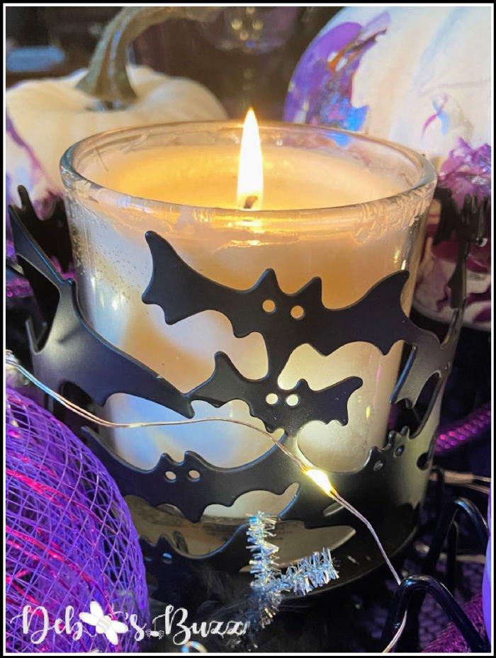 batty-Halloween-candle