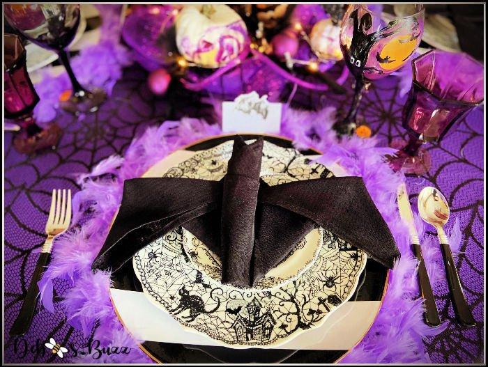 black-bat-purple-Halloween-table-place-setting