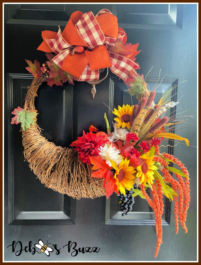 fall-seasonal-cornucopia-gravevine-wreath